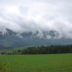 Tiefe Wolken